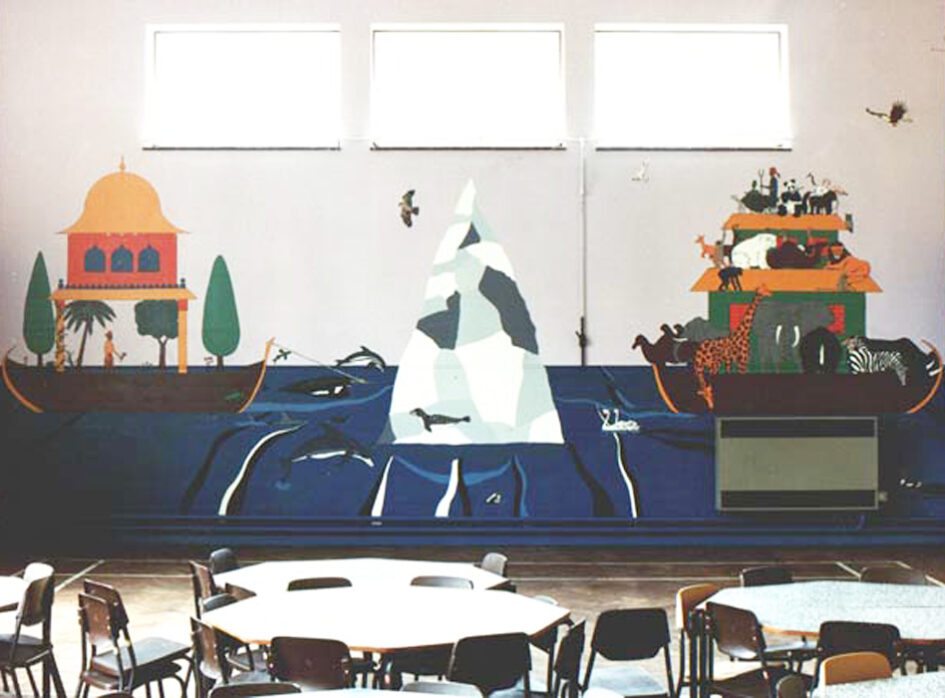 Mural of Manu's & Noah's Arks approaching harbour.